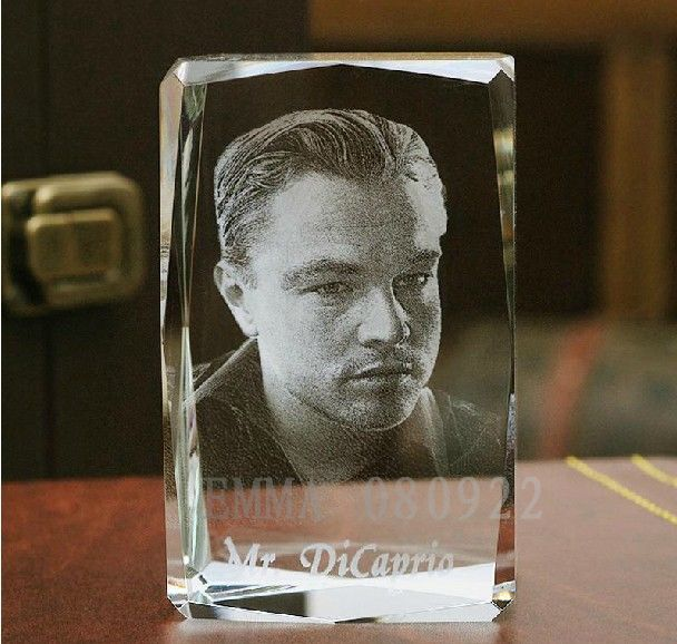 LED 3D Crystal Photobook Inner Carving - Leonardo Wilelm DiCaprio play Jack Titanic -Souvenir Home Decoration Gift World store