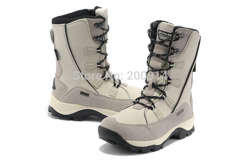 snow boots Skiing boots Hiking shoes Lightweight waterproof Velvet warm In-tube women's boots(China (Mainland))