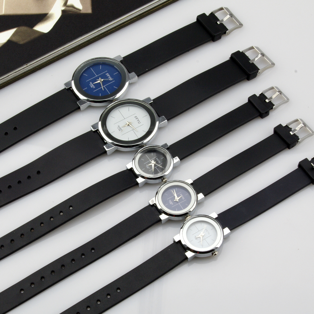 On Sale Fashion Simple Style Lover Watch Men Women Rubber band Rods nailed Couple Quartz Wristwatch 3 Colors Free Shipping(China (Mainland))