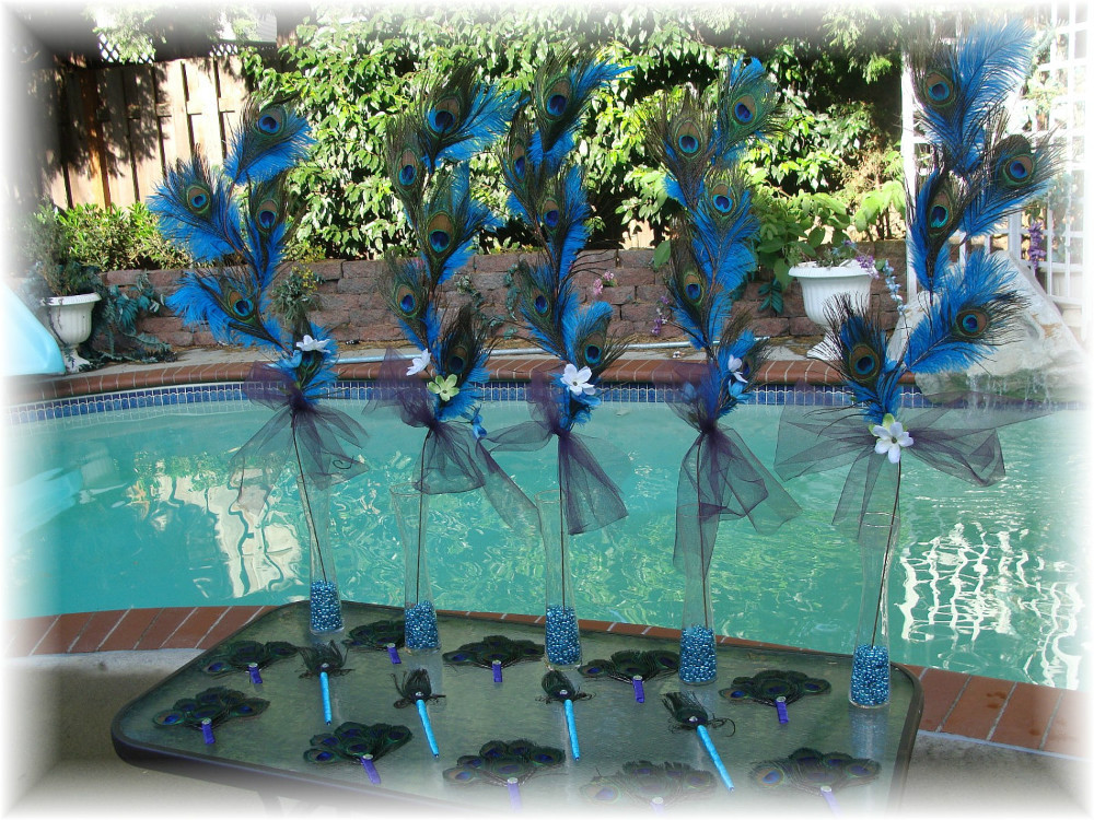 Wholesale 100pcs Lot 10 12inch 25 30cm Natural Peacock Feather Great Decorations Free Shipping