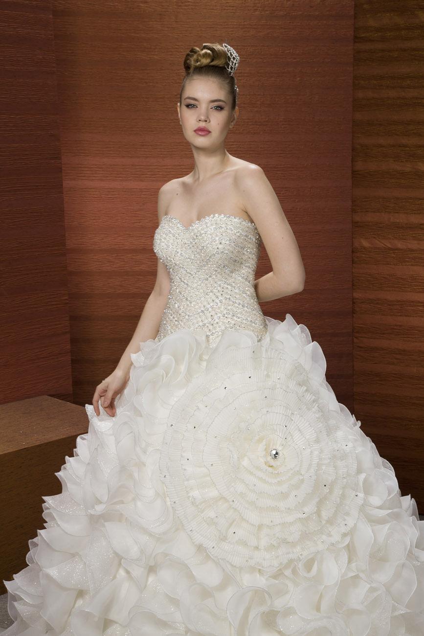 2014 sweetheart fashion heavy beaded ruffles crystal for Heavy beaded wedding dresses