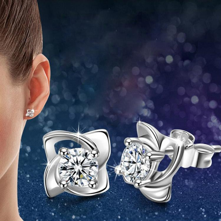 New Style Hot Sales Arrival Elegant And Charming Silver Plated Four Leaves Clover Shaped Female Earrings Jewelery Accessories(China (Mainland))