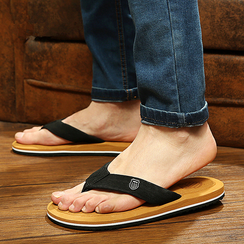 Summer men s shoes flip flops for loose fitting men beach slippers rubber flip flops outdoor