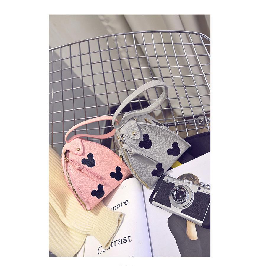 2016 Japan And Korean Style Fashion Women's Handbags Cartoon Printing Girl Hand Bag Tassel Packet Lolita Style PU Bucket Totes(China (Mainland))
