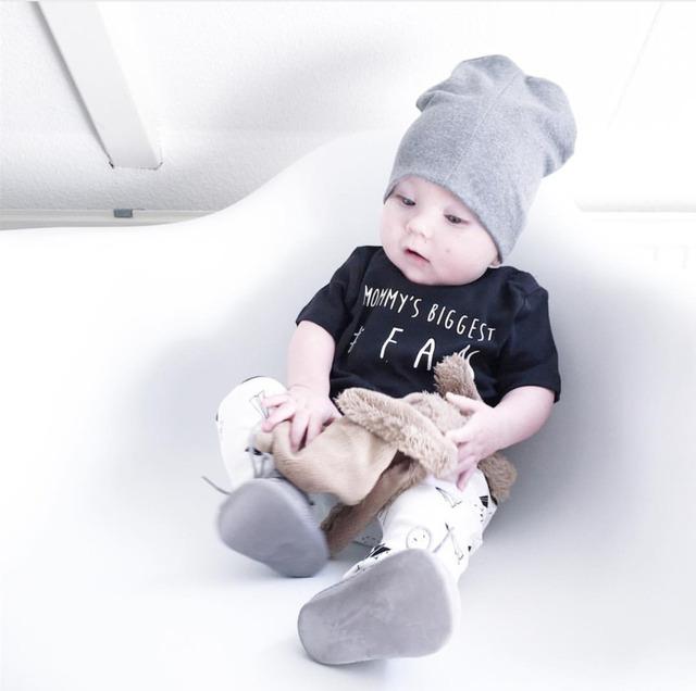 Новый 2016 лето baby boy одежда набор Новорожденных черный Коротким рукавом письма ...