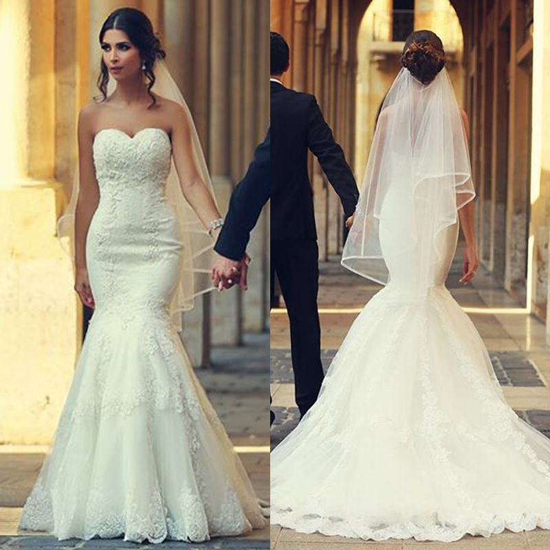 Mermaid wedding dress with lace up back