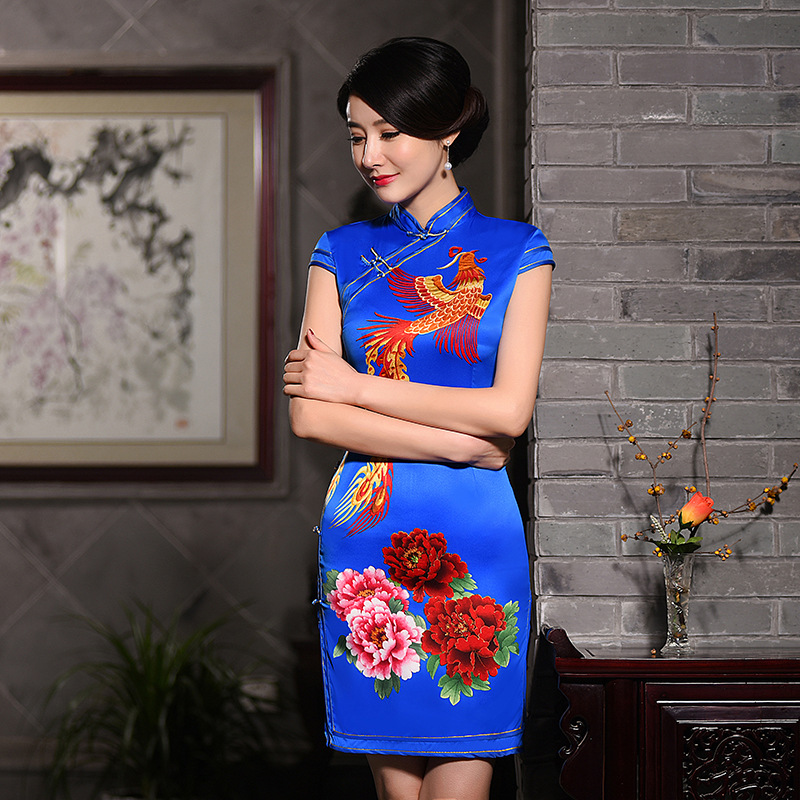 New Arrival Fashion Traditional Chinese Dress Women Silk Mini Cheongsam Qipao Size S M L XL XXL Z20160326Одежда и ак�е��уары<br><br><br>Aliexpress