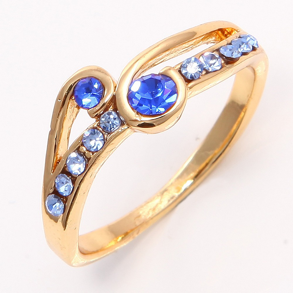 gorgeous 14k yellow gold filled blue topaz sapphire womens. Black Bedroom Furniture Sets. Home Design Ideas
