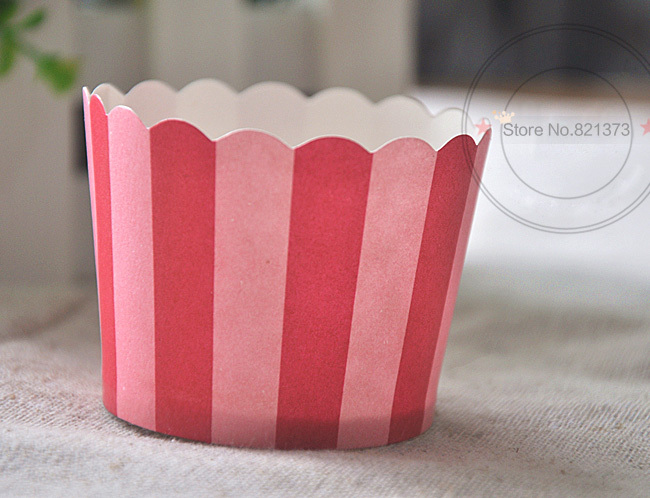 Free Shipping christmas decoration cupcake cups liners cases, cheap high temperature mini cake cup baking tools party supplies(China (Mainland))