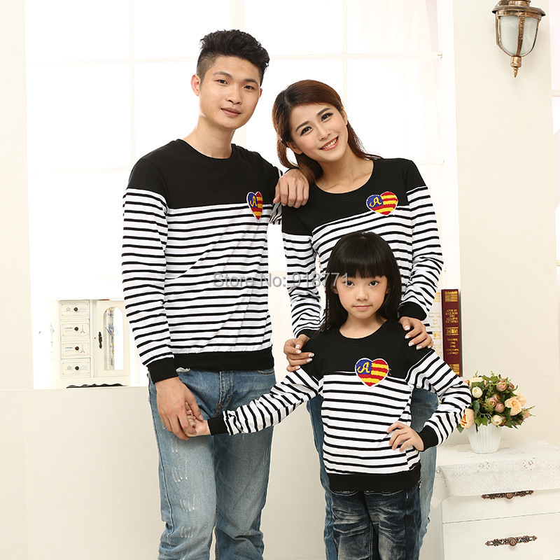 Family Looke 2014 winter sets clothes for father and son sweater family set clothing for mother and daughter clothes 100% cotton(China (Mainland))