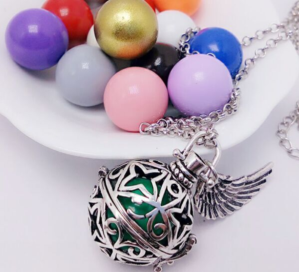 clover pattern clover-wing bell engelsrufer necklace Cage Angel Ball Necklace Pregnancy Ball Chime Necklace Free Shipping(China (Mainland))