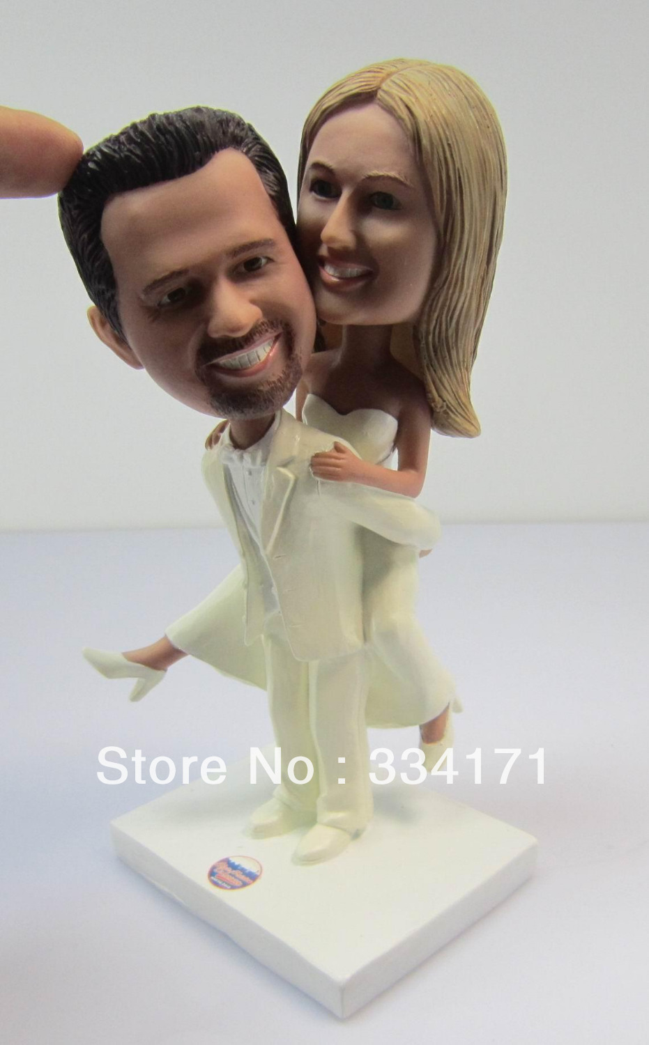 Personalized bobblehead doll carry you wedding gift wedding decoration fixed polyresin body + polyresin head(China (Mainland))