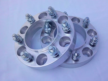 A pair of (2) 6 x5.5 (139.7 mm), center hole 106 mm, the wheel adapters, wheel spacers, suitable for Toyota FJ, Toyota sequoia(China (Mainland))