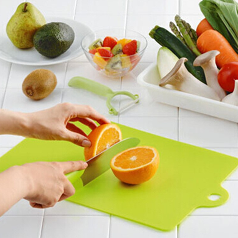Kitchen Chopping block Different Use Flexible Plastic Cutting Board Antibiotic Resistant Portable Chopping Board AY871749(China (Mainland))