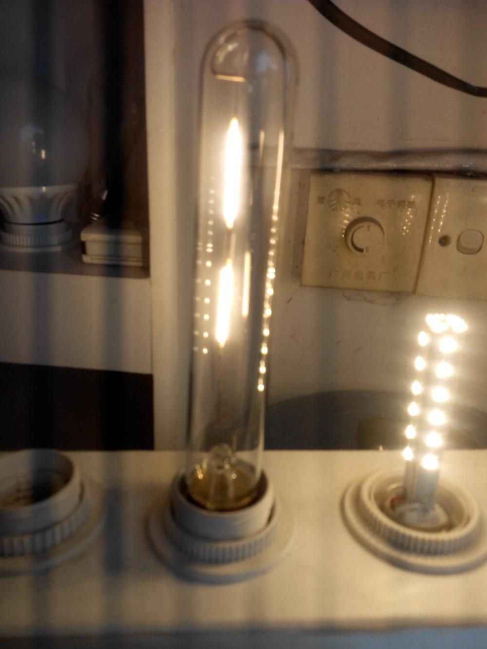 T185 4PCS/LOT Vintage Retro LED 2W E27 Filament light bulb old fasioned warm white edison screw RH LOFT E27(China (Mainland))