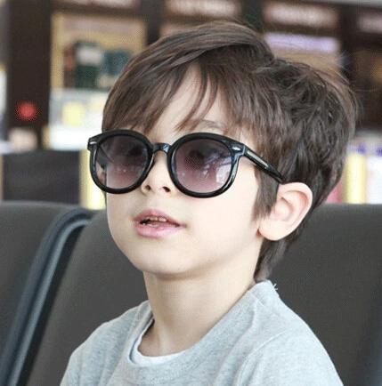 Мода солнцезащитные очки симпатичные черный солнцезащитные очки анти-уф - младенца-затенение ...