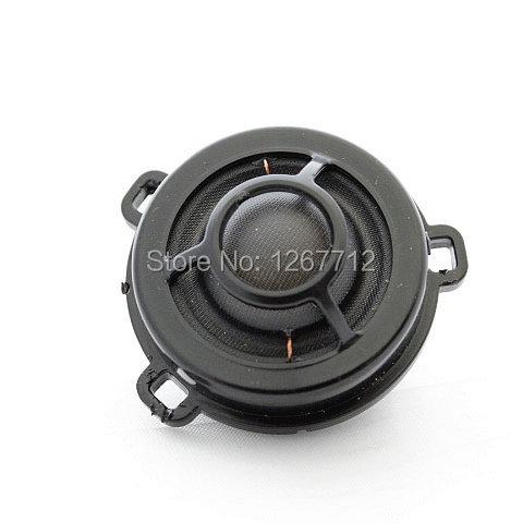 2*VW OEM trim with loudspeaker DYNAUDIO 3AA837973A & 3AA837974A for Passat B6 B7