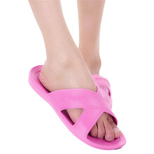 Durable 2015 Hot!!! High Quality Summer Style Women Antiskid Wear-resisting Beach Slippers Fast Shipping(China (Mainland))