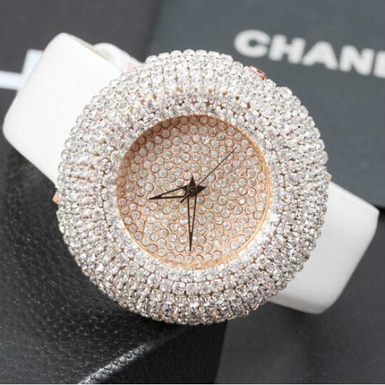2014Luxury Full Rhinestone Big Dial Night Club Watches Bracelet Crystal Shining BlingBling Fashion Diamond Genuine Leather Watch<br><br>Aliexpress