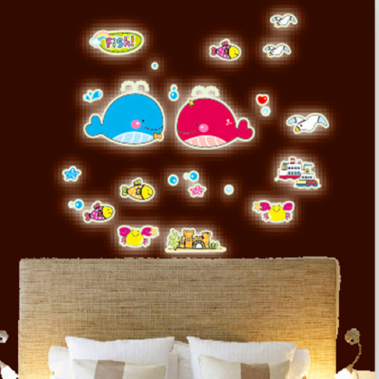 Factory outlets selling DIY fashion luminous fluorescent wall stickers stickers cartoon children's room bedroom cute dolphin(China (Mainland))