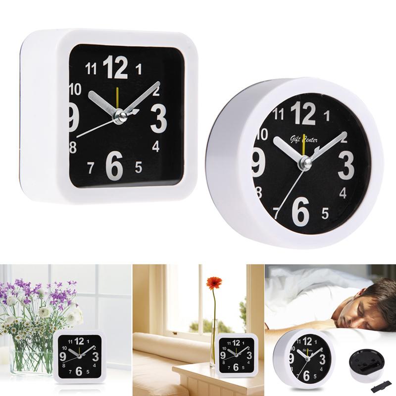 Plastic Portable Simple Black White Alarm Clock Compact Table Clock 2 Styles Round Square reloj despertador free shipping FULI F(China (Mainland))
