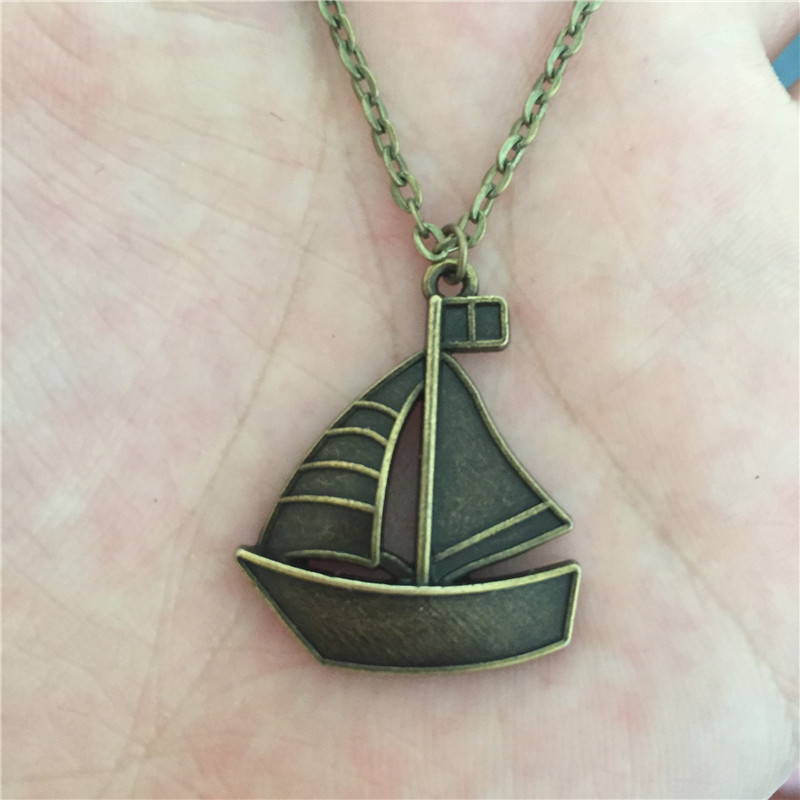 New Unique Vintage Antique Bronze Metal Paper Folded Sail Boat Ship Sailing Pendant Necklace for Women Men Punk Lucky Jewelry(China (Mainland))