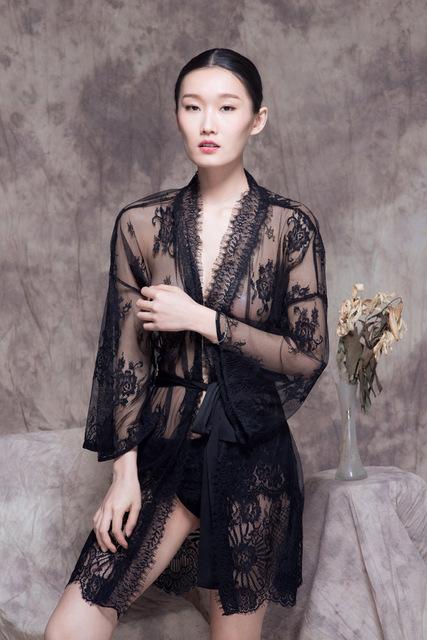 Yigelila из таиланда сексуальные одежды роскошный пижамы ручной Высокое качество ...