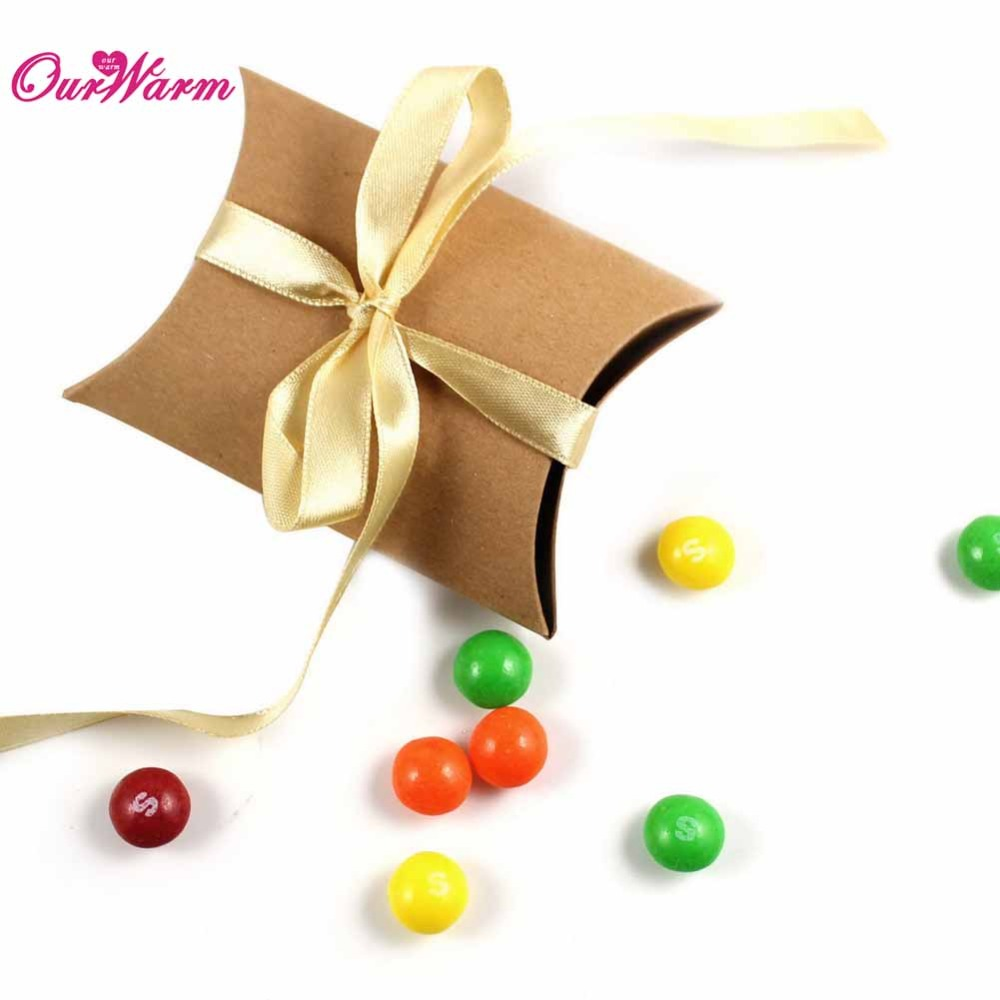50Pieces/lot Kraft Pillow Shape Wedding Favor Gift Box Party Candy Box Wholesales(China (Mainland))