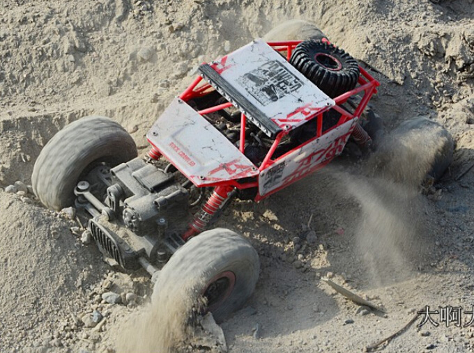 best 4x4 rc with 32597836631 on MbbR VxBJ28 as well Kyosho Inferno Ve Brushless Buggy likewise Wholesale Truck 8x8 further Watch as well Jimmy Car Suzuki Price.