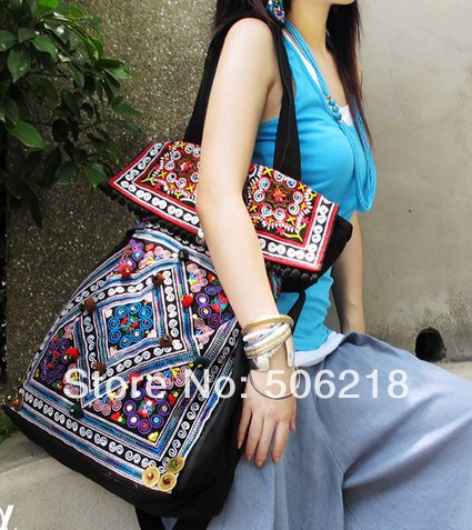 Newest Original Ethnic Embroidered Bags Black Thick Canvas Embroidery Messenger Shoulder Travel Bag Fashion Women Big