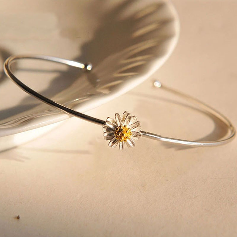Simple Open Design Bracelet Fashion Jewelry Chic Daisy Bangle For Women Girl Nice Gift H7213 P40(China (Mainland))