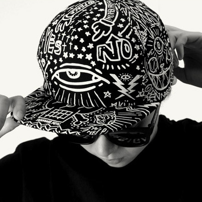 2014 Korean version of the influx of money SAKUN personalized hip-hop graffiti eye level along a baseball hat(China (Mainland))