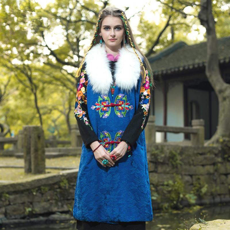 BOHOCHIC Original Vintage Ethnic Embroidery Coat Frog Artificial Fur Collar Sleeveless Women Long Cotton Outerwear Blue AL0037DОдежда и ак�е��уары<br><br><br>Aliexpress
