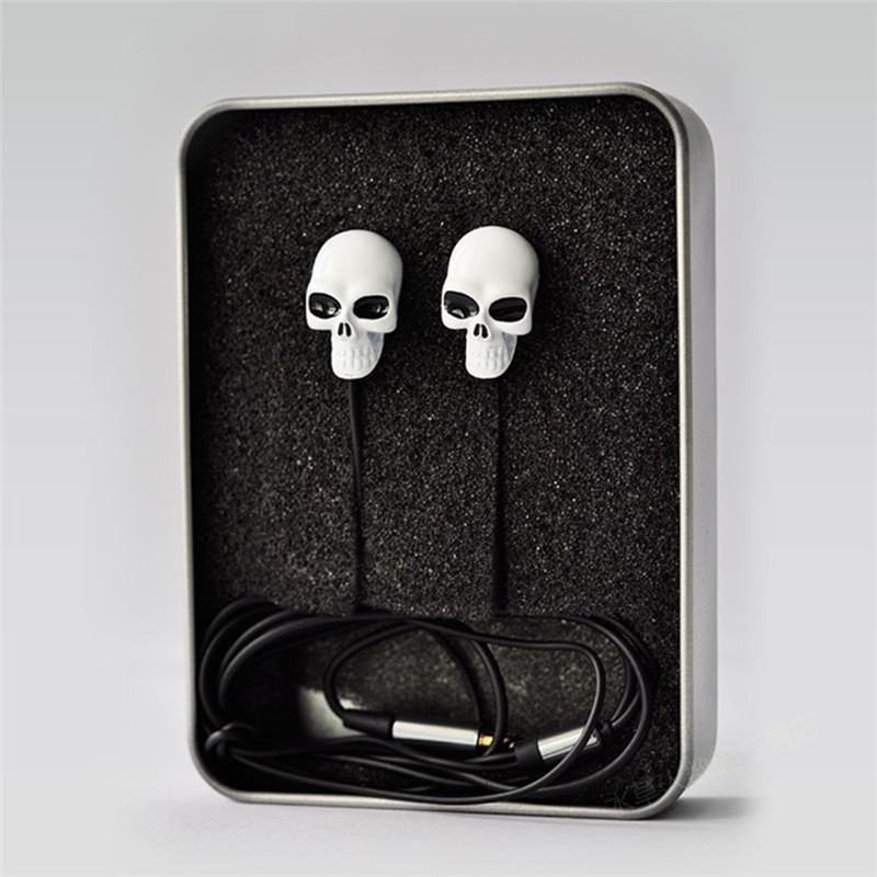 New Cool High Quality Colorful 3.5MM In-ear Skull Earphone Earbuds For MP3/MP4 for Phone DJ Candy Handset(China (Mainland))