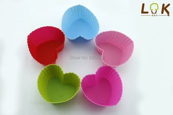 Free shipping 12PCS Silicone Muffin Cases Cake Cupcake Liner Baking Mold Round shape