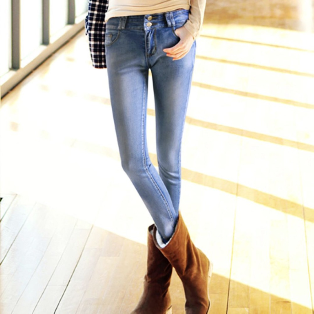 The next step toward finding your perfect jeans size is to measure your waistline. Some jeans come sized in inches (such as 26, 27, 28), which refers to the waist .