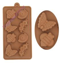 Kawaii 8-Hole Little Insects Snail Bee Worm Carpenterworm Butterfly Silicone Candy Chocolate Mold Pastry Baking Tray F2579(China (Mainland))