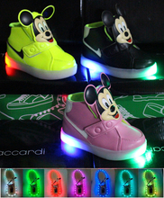 2015 spring/summer fashion LED light baby sneakers solid color fashion children hot sales girls boys shoes cute kids shoes(China (Mainland))