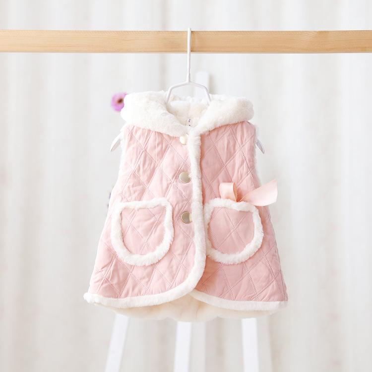 Здесь можно купить  2015 New,baby girls princess vests,children winter waistcoats outerwear,bow,pockets,3 colors,5 pcs/lot,wholesale,2825  Детские товары