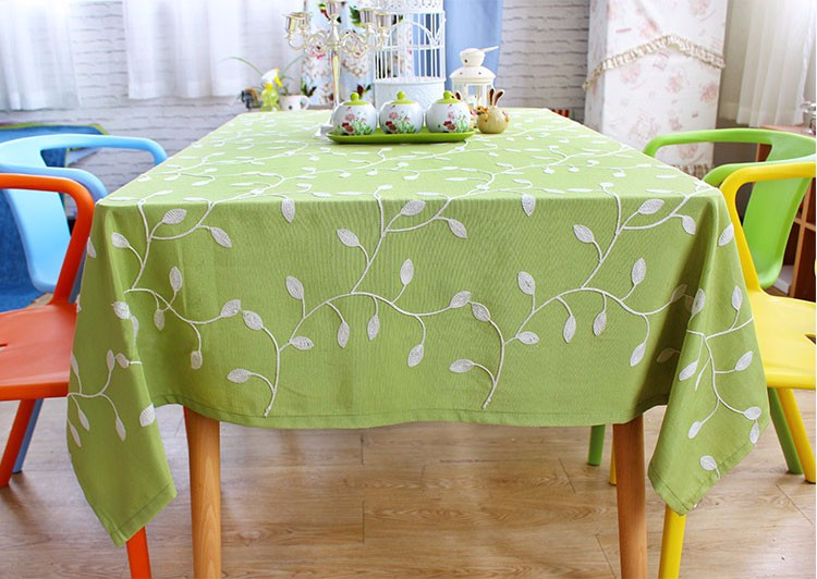 New design Pasoral 2 colors polyester fabric table cloth rectangular table Oilproof with leaf embroidery(China (Mainland))