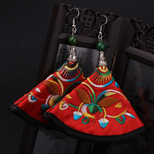 6 colors star handmade vintage Chinese wind embroidery fabric dangle earrings ,New Original  Ethnic jewelry stone fan earrings,(China (Mainland))
