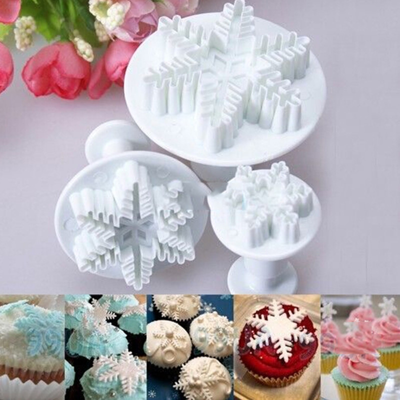2015 New 3Pcs/Set Snowflake Fondant Cake Decorating Tools Plastic Cake Plunger Cutter Set Fondant Cake Decorating Tools(China (Mainland))