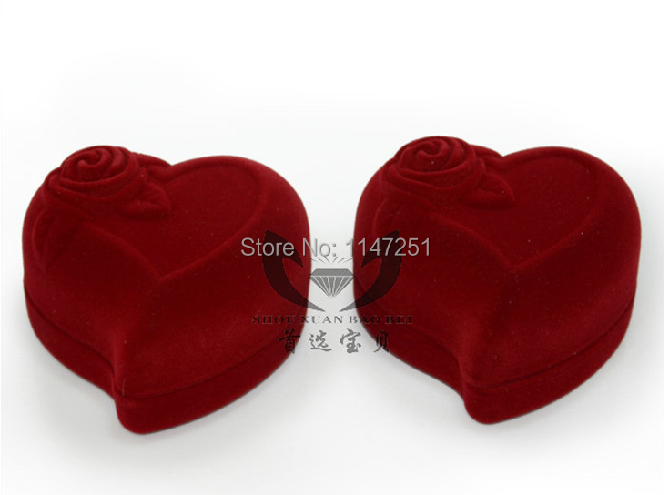 High Quality Fantastic Heart Shape Velvet Double Ring Box 50pcs/lot For Wedding Gift Box , Red Ring Packaging Display Case<br><br>Aliexpress