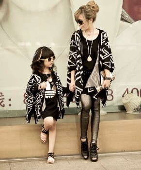 Mickey Clothing Set Clothes For Mother And Daughter Autumn Fashion Batwing Shirt Graphic Geometric Patterns Cape Female Child