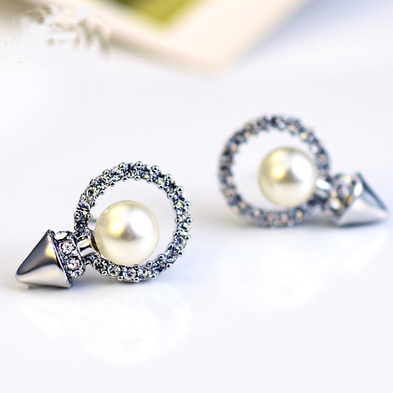 OL Casual Tiny Crystal Round Simulated Pearl with Spike 18k Gold Plated Stud Earrings for Women Girls Piercing Jewelry(China (Mainland))