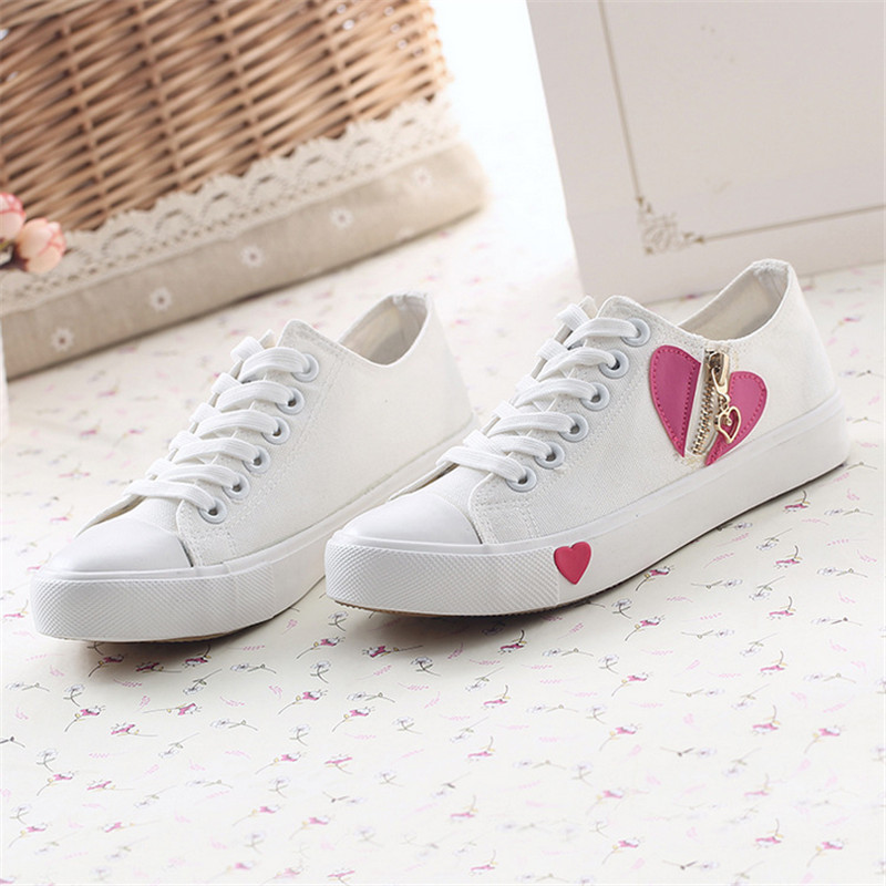 hot sale the new 2015 autumn girl breathable canvas shoes love pattern flat shoes wildly popular sneakers sapatas de lona<br><br>Aliexpress