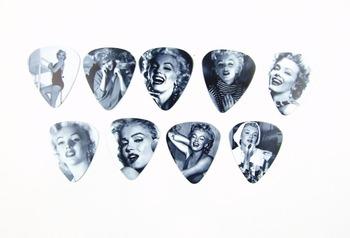 10pcs 0.71mm Marilyn Monroe two side earrings pick DIY design guitar accessries pick guitar picks
