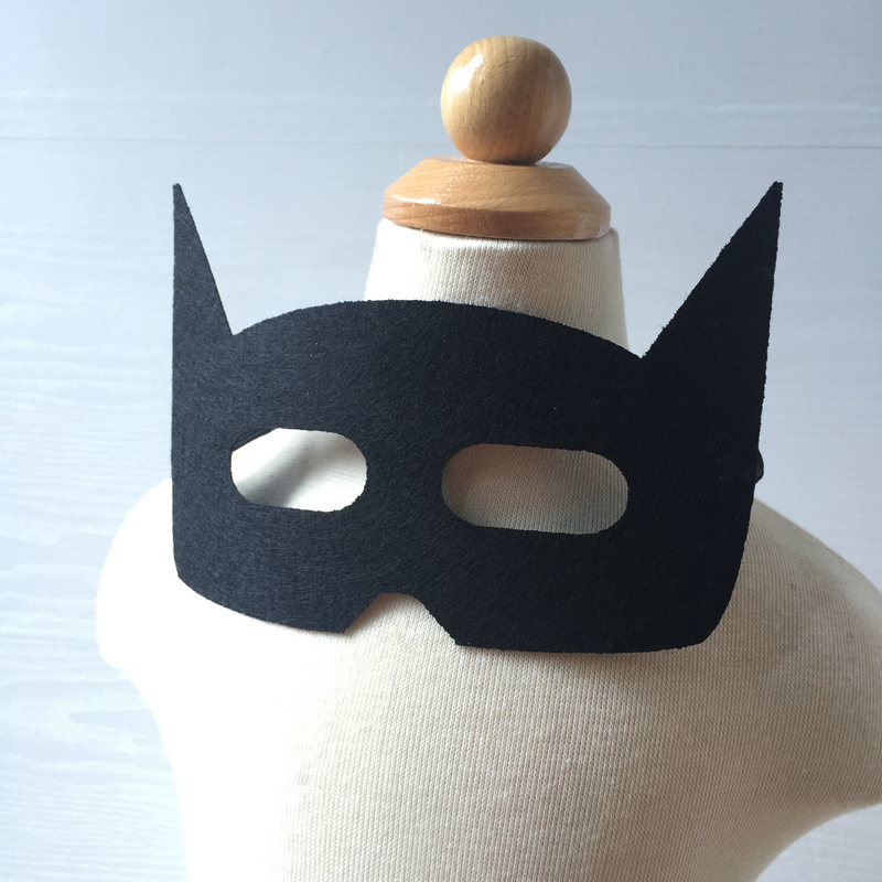 Felt Superhero Masks Batman Captain Amrican Flash Catwoman wolf for Kids Birthday Party Favors Dress Up Costume Party Supplies(China (Mainland))