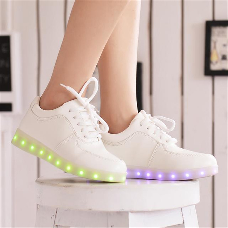 2016 Women Colorful glowing shoes with lights up led luminous shoes a new simulation sole led shoes for adults neon basket led(China (Mainland))