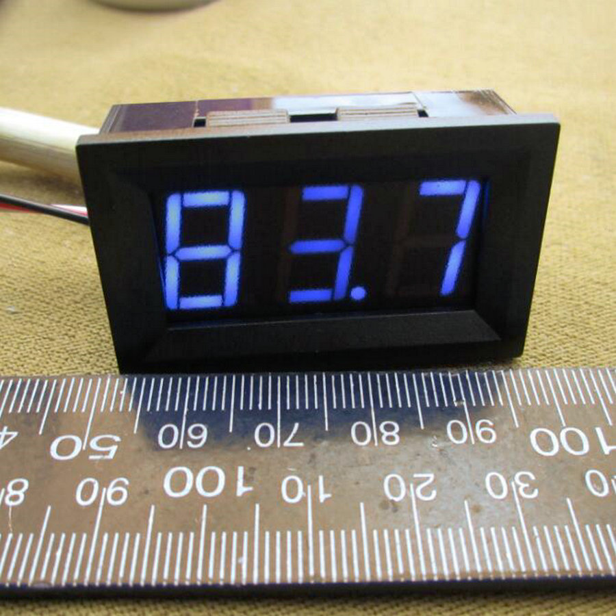 "Blue LED Display Color 0.56"" Digital Voltmeter DC:0-100V Three wires 3 bit car Voltage Panel Meter [ 8pcs / lot] 0001(China (Mainland))"